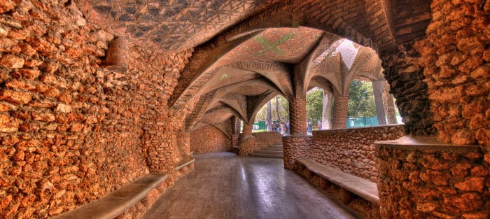 Barcelona Guell: Colonia